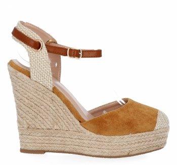 Camelové dámské klínové sandály Givana