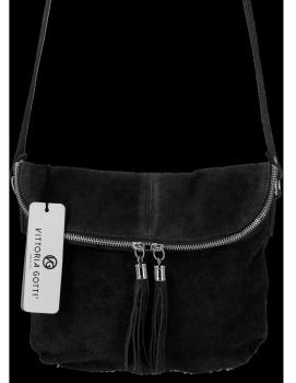 Uniwersalna Listonoszka Skórzana na co dzień w rozmiarze M firmy Vittoria Gotti  Czarna
