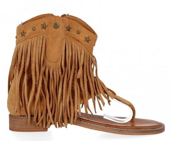 Camelowe sandały damskie z frędzlami firmy Givana