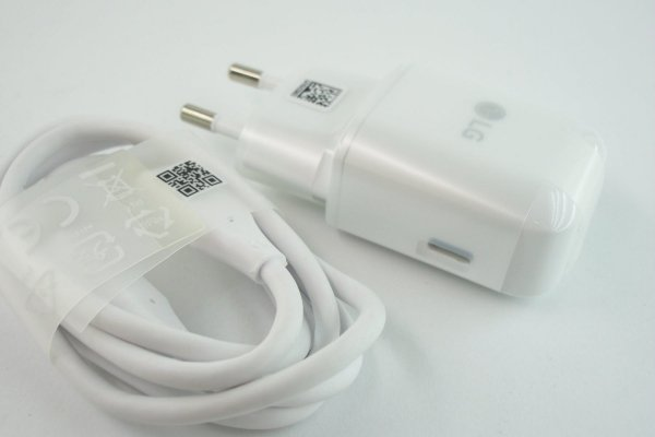 NOWA ORYGINALNA ŁADOWARKA LG MCS-N04ER 3.0A + kabel typ-c EAD63687002 do LG G5 , NEXUS 5X , V10 ,V20 , V30