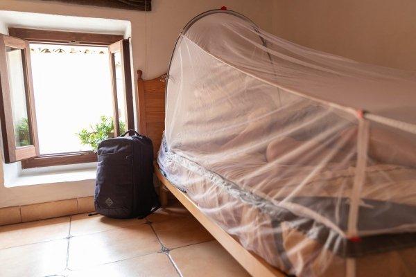 MOSKITIERA Z RAMĄ LFESYSTEMS FREESTANDING SINGLE BED MOSQUITO NET
