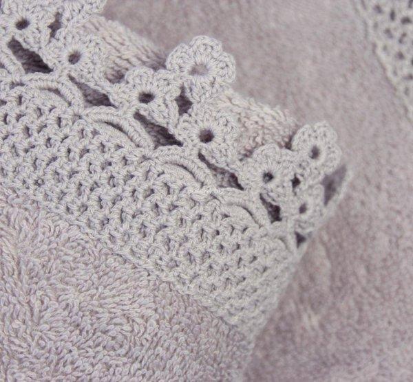 Ręcznik Iga fioletowy z koronką 50x90, 70x140