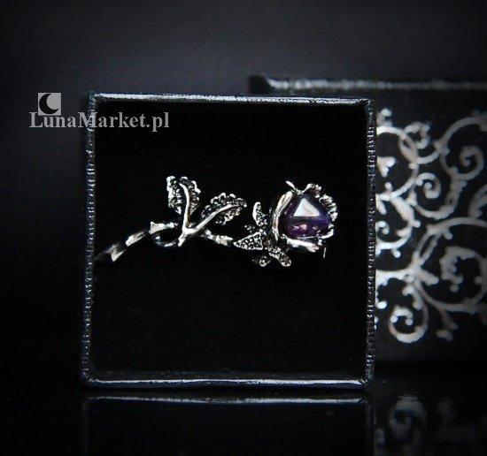 Fioletowa Róża - broszka z naturalnym ametystem, biżuteria gotycka i magiczna