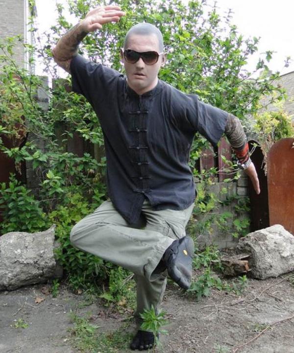 Twarz z lateksu Recydywista - Mistrz Kung-fu
