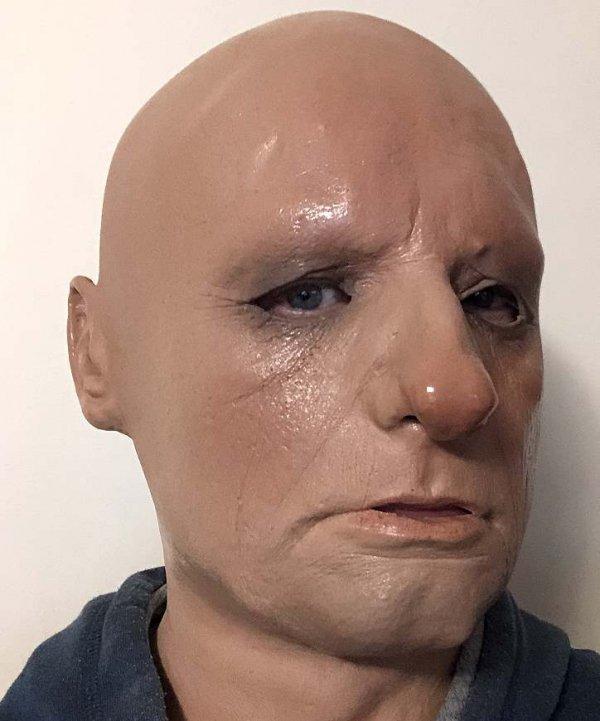 Mężczyzna twarz z lateksu