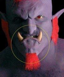 Sztuczna broda - Broda trola z kłami