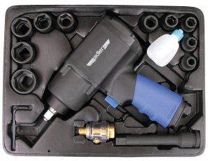 ADLER Zestaw Z10-klucz udarowy 1350Nm 1/2 + 10 szt. nasadek
