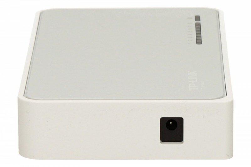 TP-LINK SF1008D switch L2 8x10/100 Desktop