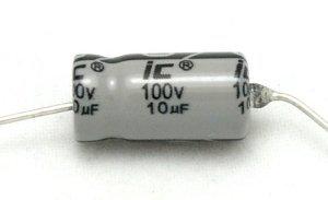 Kondensator 4,7uF 50V osiowy Illinois