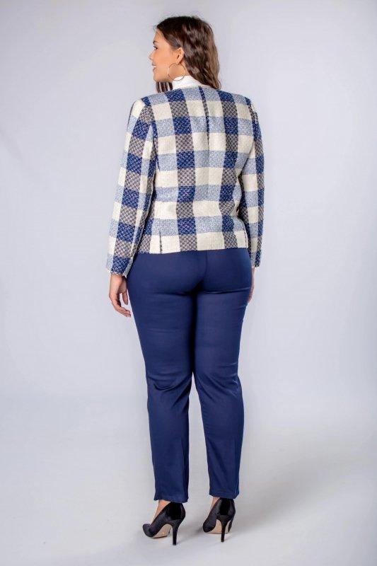 eleganckie spodnie z prostymi nogawkami w kant