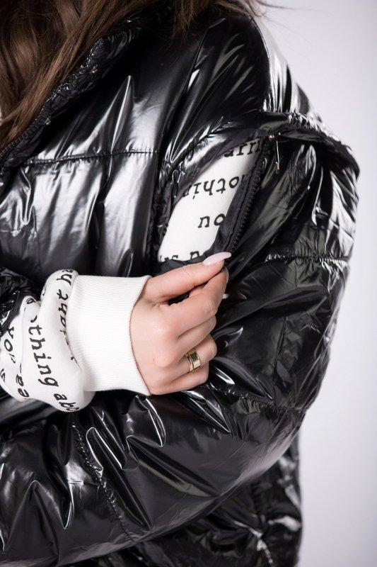 foliowana kurtka bomberka z odpinanymi rękawami