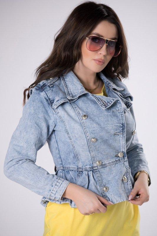jeansowa kurtka z baskinką