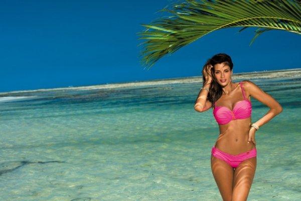 Kostium kąpielowy Amanda Rosa Shocking M-386 (10)