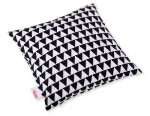 Poszewka na poduszkę - trójkąty czarne