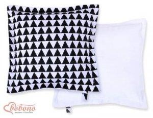 Poduszka dwustronna- trójkaty czarne