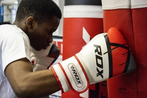 Jak dobrać rękawice bokserskie?