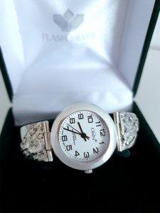 Zegarek ze srebra z nasypem kod 37