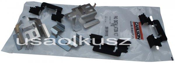 Zestaw montażowy tylnych klocków D792 Chevrolet Tahoe 2000-2002