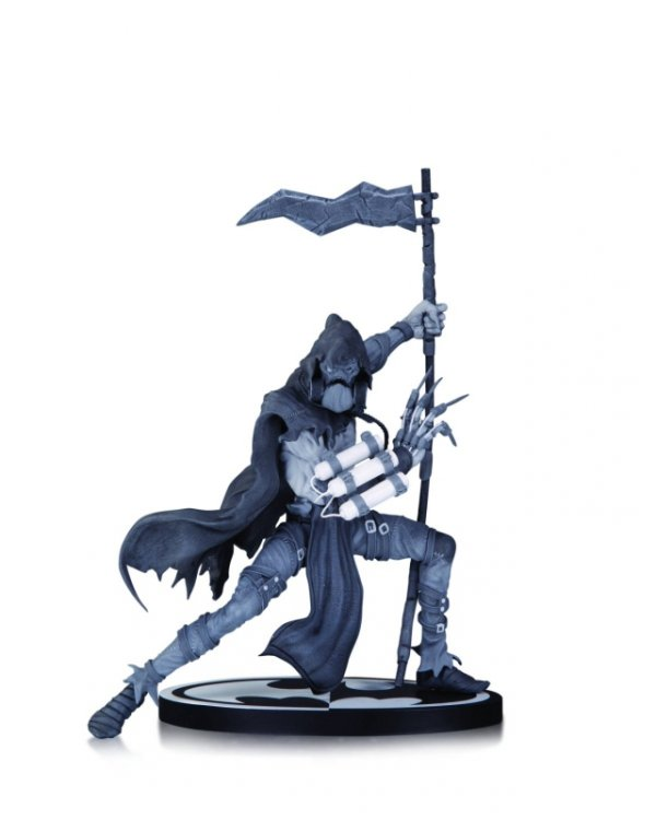 BATMAN BLACK AND WHITE SCARECROW BY DANDA STATUE