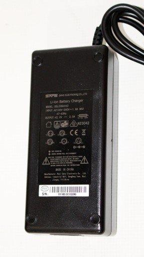 Ładowarka do akumulatorów Li-Jon Rower Elektryczny