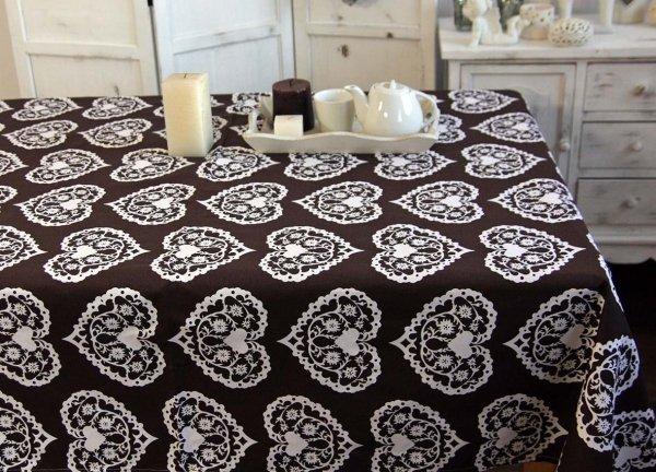 Obrus Romance  Andropol rozmiar 160x200 wzór brąz/biel