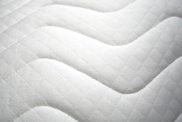 Pokrowiec na materac pikowany rozmiar 90x200x20