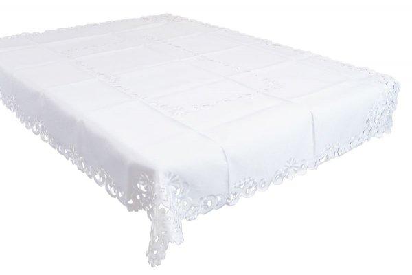 Obrus haftowany rozmiar 140x180 wzór biały (213)