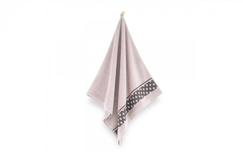 Ręcznik z bawełny egipskiej DRAGON 70x140 wz. kreta