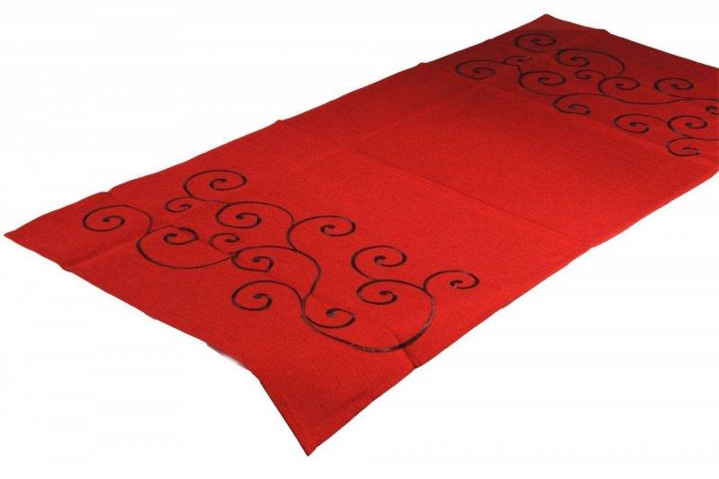 Obrus Haftowany Bruna 50x100 cm kolor: Czerwony