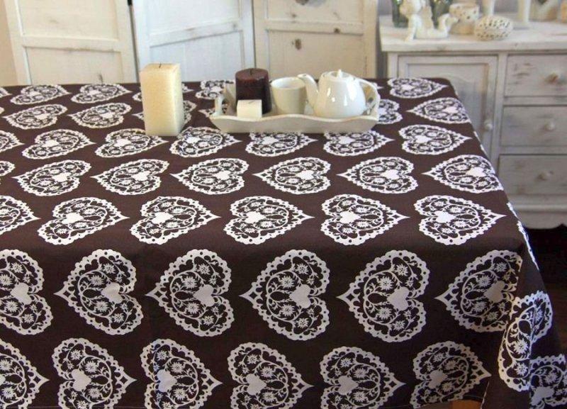 Obrus Romance Andropol rozmiar 160x200 wzór beż biel 2