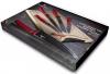 Zestaw pięciu noży z bambusową deską