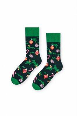 Steven 136 Vánoční koule(Bombki) zelené Pánské ponožky
