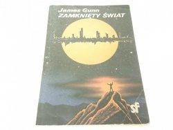 ZAMKNIĘTY ŚWIAT - James Gunn