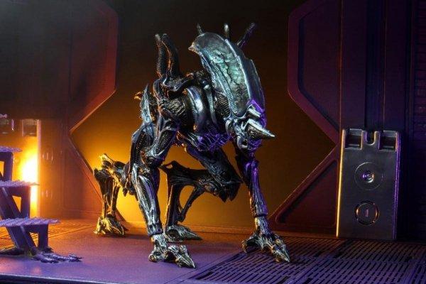 Obcy - Figurka Rhino Alien (Kenner Tribute) 25 cm