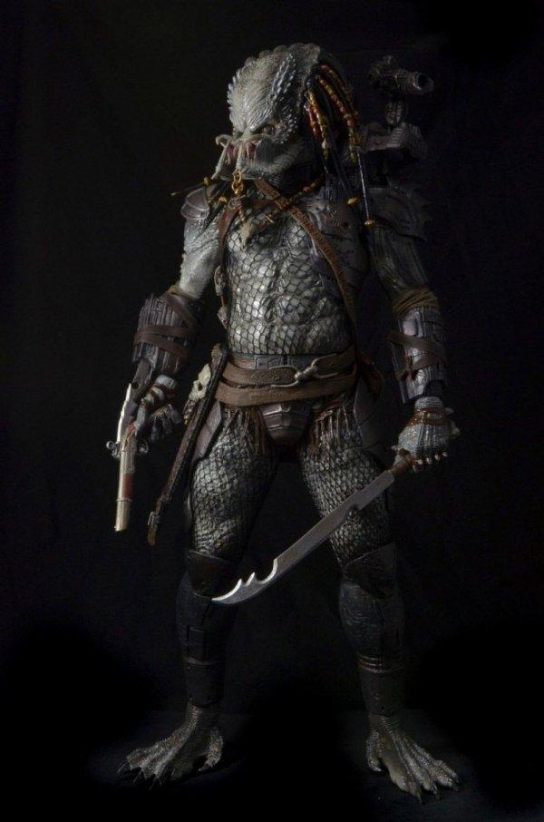 "Predator Series 3 ""Elder Predator"" 49 cm 1/4 Scale"