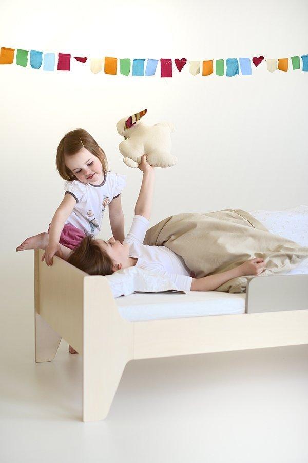 KuKuu Łóżko Dziecięce w kolorze kakowym Bird&Berry