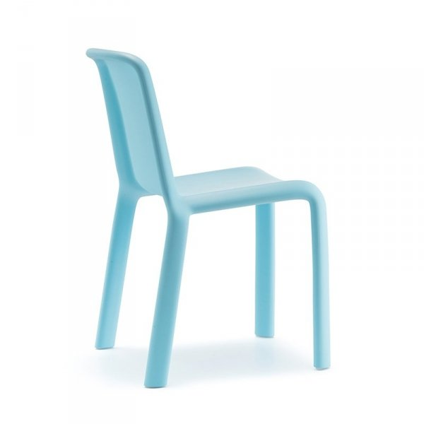 Designerskie krzesło dziecięce Pedrali Snow 303