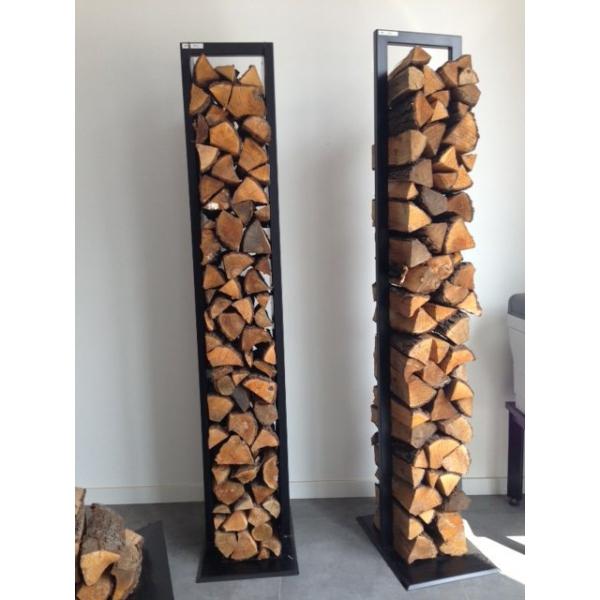 Stylowy stojak na drewno do każdego wnętrza