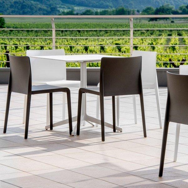 Nowoczesne krzesła do przestrzeni publicznych Pedrali