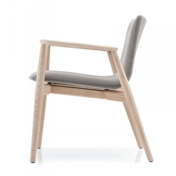 Skandynawski fotel drewniany tapicerowany Malmo 296 Pedrali