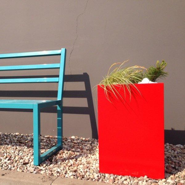 Piękne, kolorowe donice do wnętrz i ogrodów