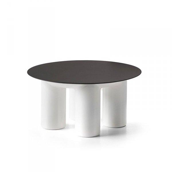 Mały stolik zewnętrzny z dwoma rozmiarami blatu do wyboru