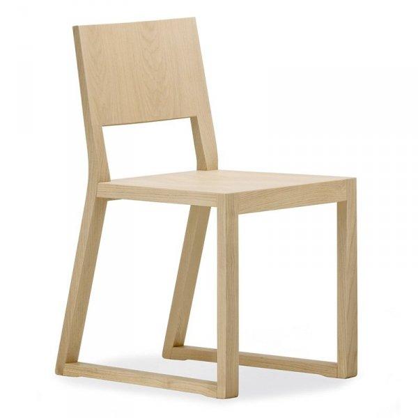 Feel 450 piękne krzesło w skandynawskim stylu marki Pedrali