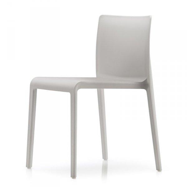 Stylowe krzesła z tworzywa Pedrali Volt 670