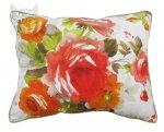 Poduszka z dużym bukietem róż i lamówką Lila