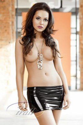 Mini spódniczka Irall Desiree Czarna