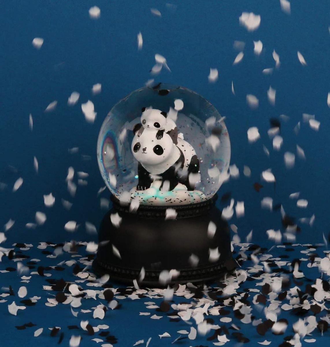 A Little Lovely Company, kula śnieżna, panda - fruttidimamma com pl