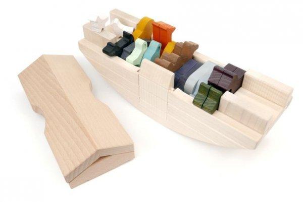 Bajo, drewniana arka Noego,