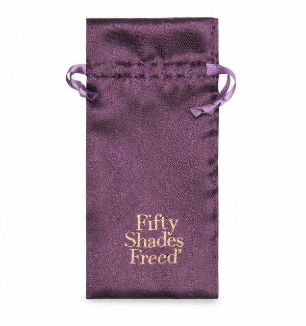Fifty Shades Freed - klipsy na sutki i łechtaczkę All Sensation (Nipple & Clitoral Chain)