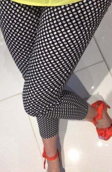 Lola Fashion spodnie cygaretki wzór 9